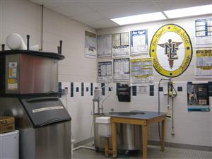 Sawicki James Athletic Training Room